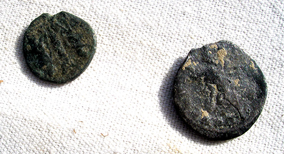 Roman silver denari of Faustina, wife of Antoninus Pius. The obverse legend reads DIVA FAVSTINA, the reverse reads AETERNITAS. Faustina died in 141AD